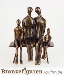 Skulptur familie mit 2 kindern