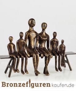 Skulptur familie mit 4 kindern