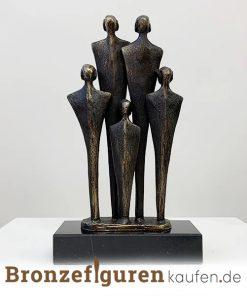 Skulptur familie mit 3 kindern