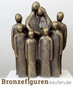 Skulptur familie mit 6 kindern